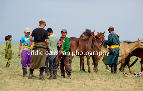 having a break from practising for the naadam festival - MTGD6 7